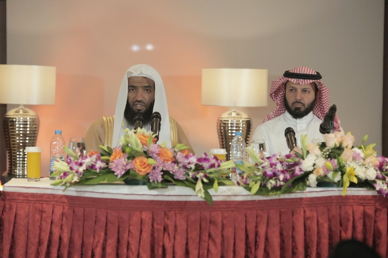 امام وخطيب المسجد النبوي يلتقي المجموعة التاسعة من ضيوف برنامج خادم الحرمين