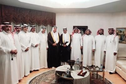 الاستاذ معجب سعيد الزهراني يتلقى التهاني والتبريكات بمناسبة عقد القران