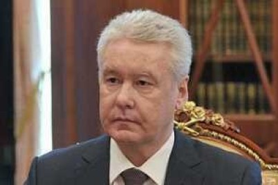 عمدة موسكو: معدل زيادة الإصابات بكورونا يتراوح بين 20 و30% أسبوعيًا